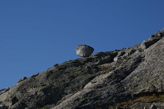 Der markante Stein knapp nördlich des Preilmsee, welcher als Orientierungspunkt dient