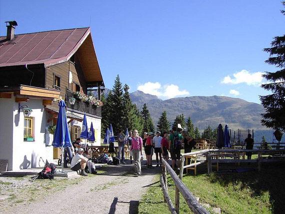Bei der Naturfreundehütte