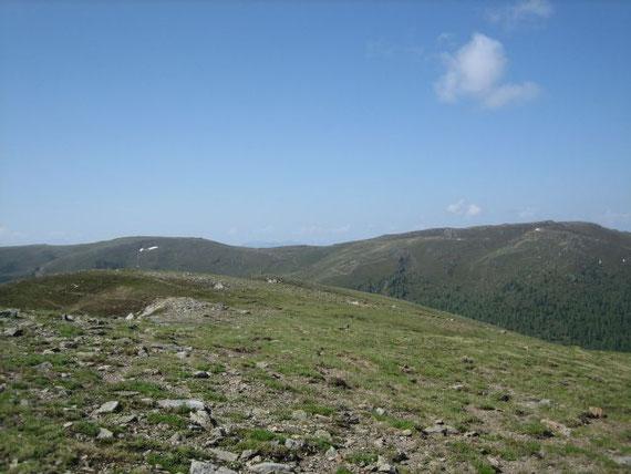 Blick nach Süden auf die Millstätter Alpe (2091m)
