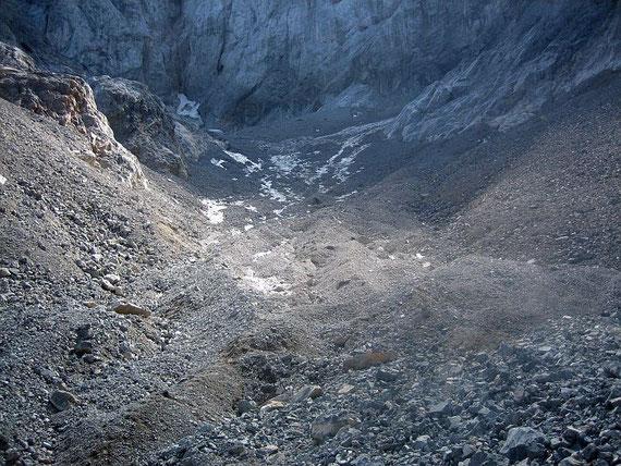 Die Gletscherzunge bietet im September 2006 einen traurigen Anblick