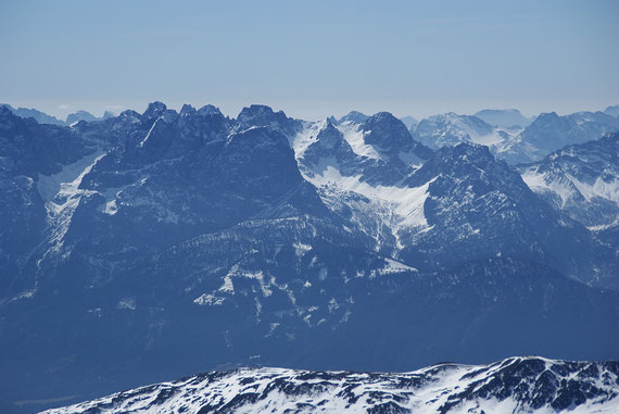 Blick in die schneearmen Lienzer Dolomiten