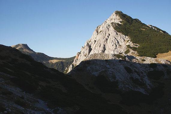 Die Bielschitza mit dem Bielschitzasattel (versteckt links der Kosiak)