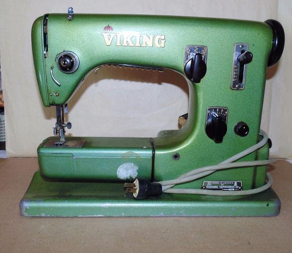 Husqvarna Viking Zig Zag Sewing Machine Class 20