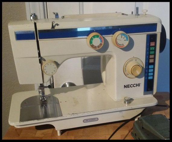 Necchi  884 FB