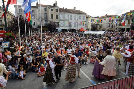 Festival Mondial de Folklore de Montréjeau 2010 - Lituanie -