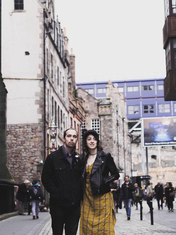 couple shoot engagement edinburgh photographer