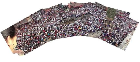 山車祭りの群衆