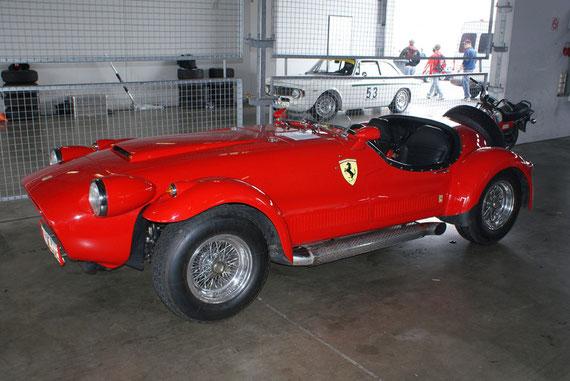 Ferrari 330 GTC 'Felber' -by AliDarNic (Modena Trackdays 2009)