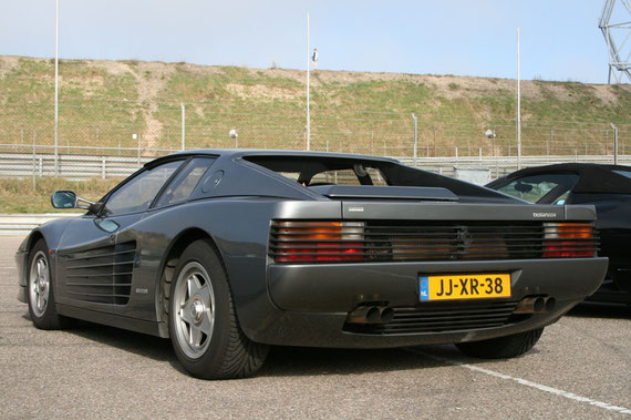 Ferrari Testarossa - by Alidarnic