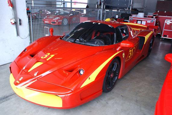 Ferrari FXX - by Alidarnic (Modena Trackdays 2009)