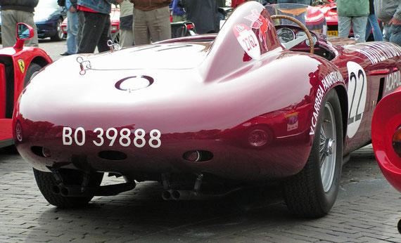 Ferrari 250 Monza Scaglietti - by Alidarnic