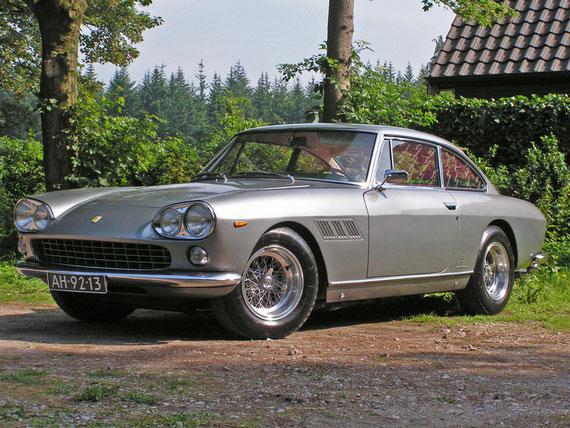 Ferrari 330 GT 2+2 Serie I -by AliDarNic