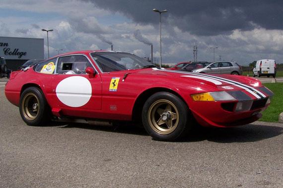 Ferrari 365 GTB-4 Daytona Competizione - by Alidarnic