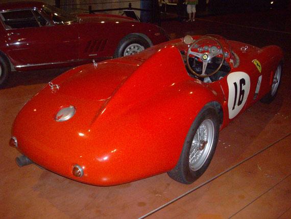 Ferrari 750 Monza Scaglietti - by Alidarnic