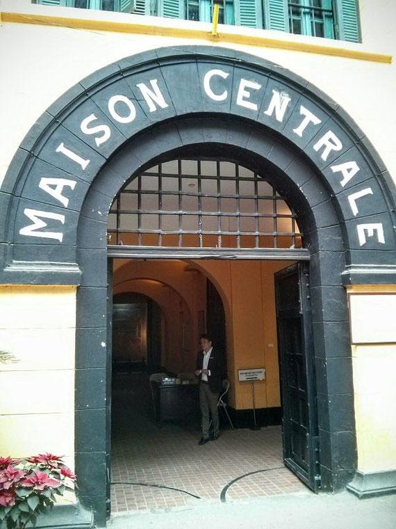 Eingang Hoa Lo Gefängnis