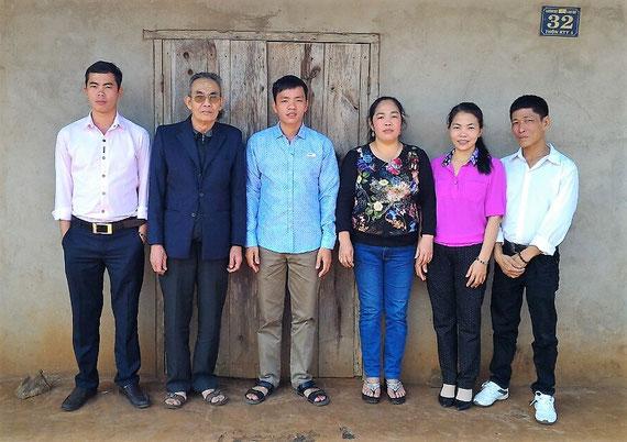 Vater Hong, Söhne Phuc und Vinh, Töchter Hien und Tinh, Hiens Ehemann Thuan