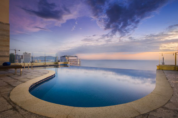 Hotel Rosaka Infinity Pool