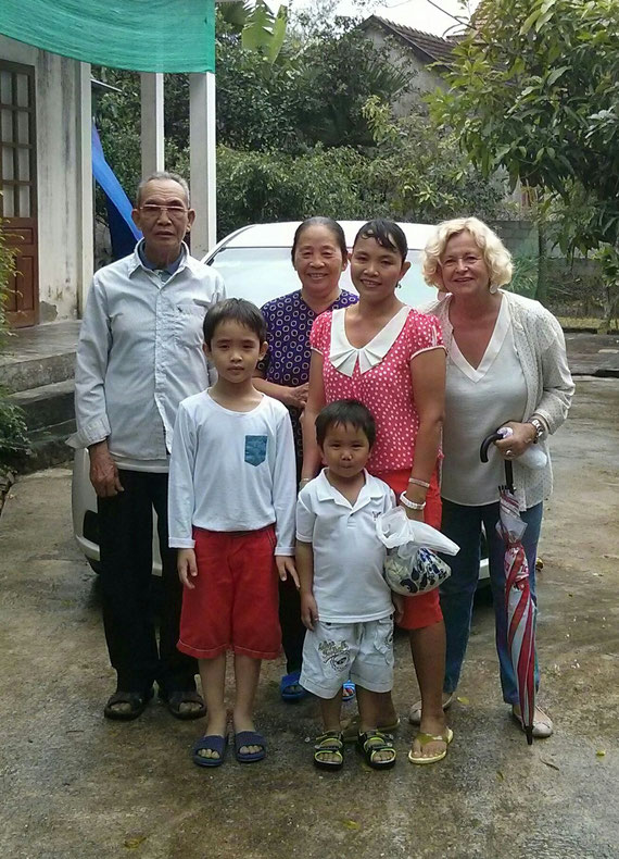 Luongs Familie 2015 bei unserem Besuch in Ha Tinh