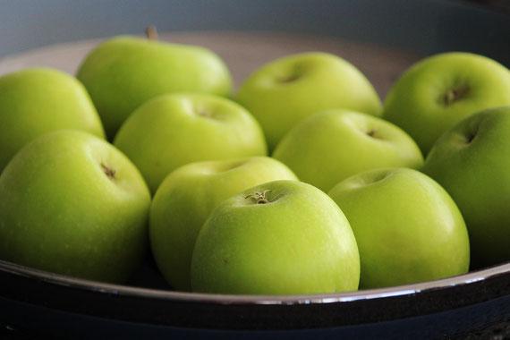 """""""Konventionelle Äpfel ohne jeden Makel? Das funktioniert nicht ohne Spritzmittel"""", sagte ein Apfelproduzent. Das ist den wenigsten bewusst. (Foto: pixabay, many thanks to Counselling)"""