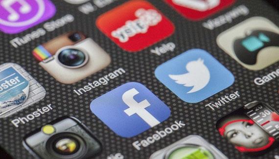 Sind soziale Netzwerke pure Ablenkung? (Foto: pixabay.com)