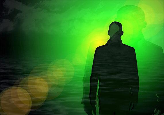 """Wenn Seelen irgendwo herumschwirren...  (Foto: pixabay.com / """"geralt"""")"""