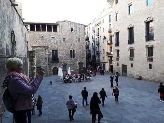 Гид по Готическому кварталу Барселоны. Гид в Барселоне, экскурсии в Барселоне