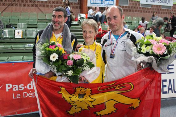 nos 3 champions posent pour la presse ! inoubliable !!!