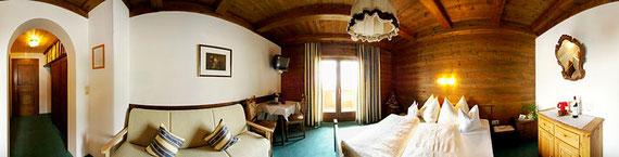 Superior-Doppelzimmer mit Liegecouch