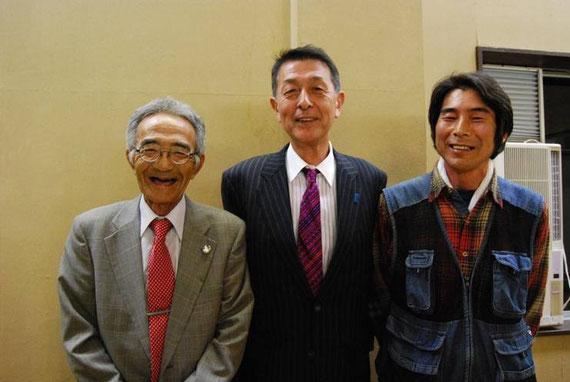 写真提供:農業ルネッサンスさんより (左から)木村秋則さん、篠田 昭新潟市長、矢野智徳さん