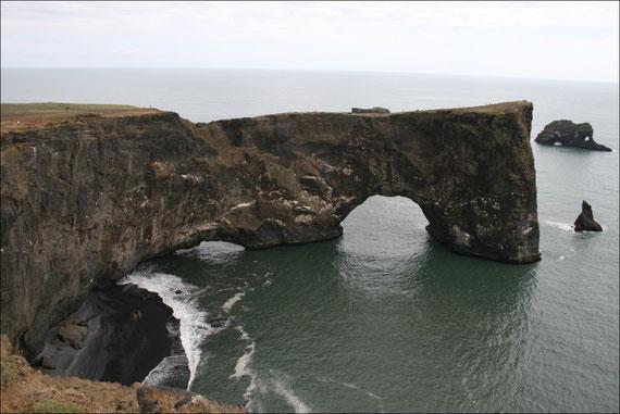 Auf der Fahrt zurück nach Seydisfjördur wurde das Wetter immer schlechter und es regnete ununterbrochen. So fiel mir der Abschied von Island etwas leichter ...