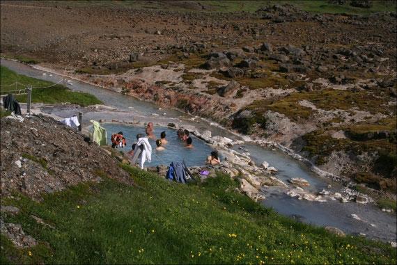 Warme Badegelegenheit mitten im Hochland