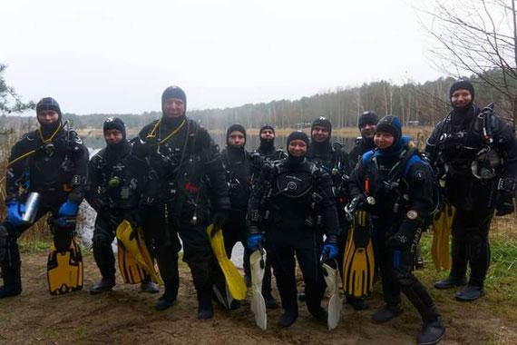 Ein Teil der Barnim Fun Diver an der Atlantis Tauchbasis Ruhlesee