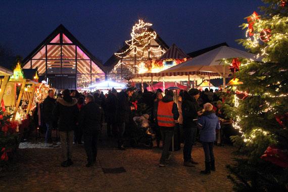 Weihnachtsmarkt, Norderstedt, Kunsthandwerker, Feuerwehrmuseum Norderstedt