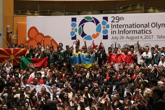 昨年大会の様子 写真提供:情報オリンピック日本委員会事務局