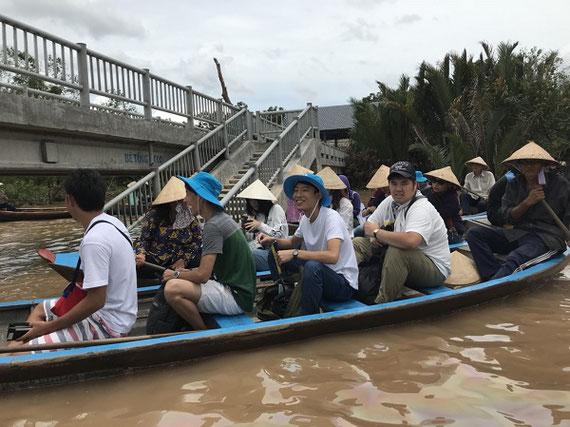 ベトナムのメコン河.海外環境スタディ(夏期短期研修)では、毎年いろいろな国の環境を学びます。(2018年にベトナムで撮影)