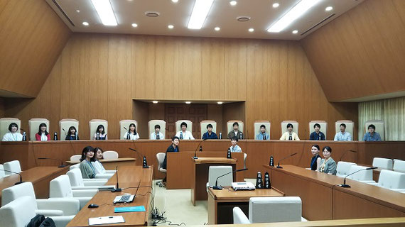 東京ゼミ合宿で、弾劾裁判所見学