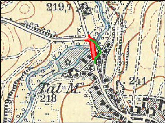 """Die Röder-Querung im alten Zustand (grün) und nach dem Brücken-Neubau (rot) von 1934.  Die """"Tal-M."""" ist die Lotzdorfer Rasenmühle.  Basiskarte: Meßtischblatt Sachsen Nr. 51 von 1902."""