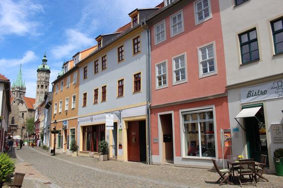 Boutique Wohlgefühl auf dem Naumburger Steinweg mit Blick auf den Naumburger Dom