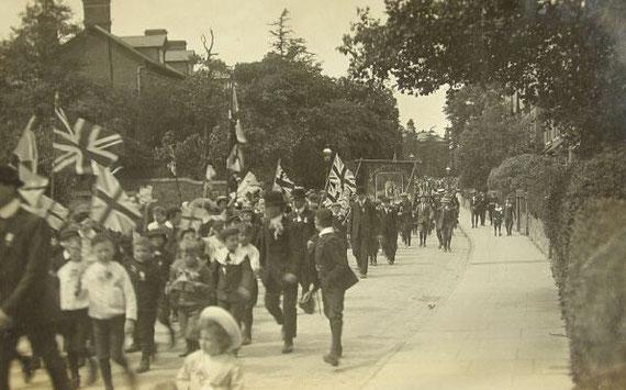 Part of the Coronation procession through Acocks Green (thanks to Christine Jensen)