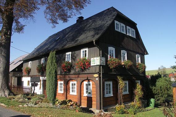 Beispiel eines Oberlausitzer Umgebindehauses, zu finden in der gesamten Oberlausitz