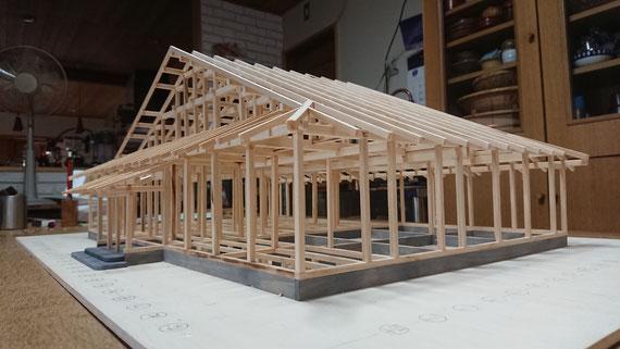 完成した「工房」の軸組み模型