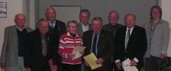 Die geehrten Mitglieder des MGV Halsdorf