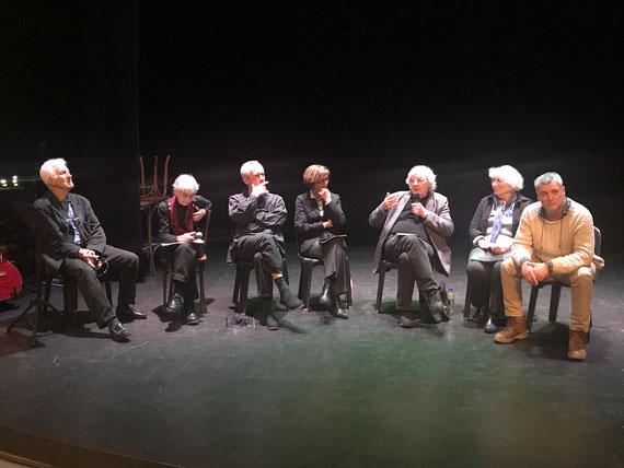 [Merci à Jean-Yves Flaux pour la photo. De gauche à droite: Rémi Picard, Christiane Oriol, Pierre Louvard, Aline Flaux, Jean-Pierre castelain, Michèle Salen, Eric Saunier]