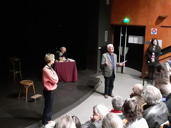 Merci à Luc Bourlé pour la photo. de gauche à droite: Josepha Cuvier, Daniel Le Sur (assis), John Barzman.