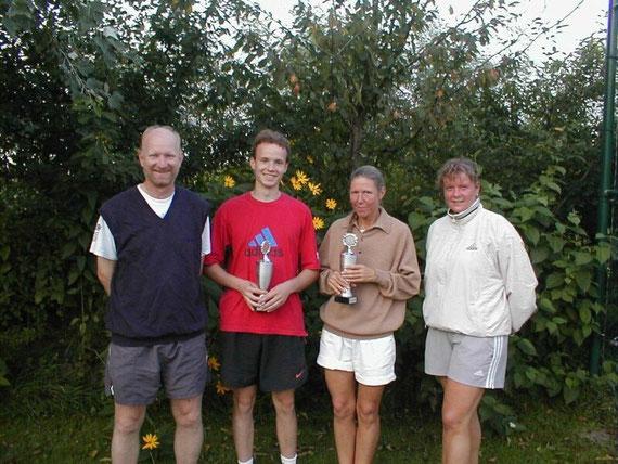 v.l.n.r.: Asmus, Jörn, Susanne und Christina