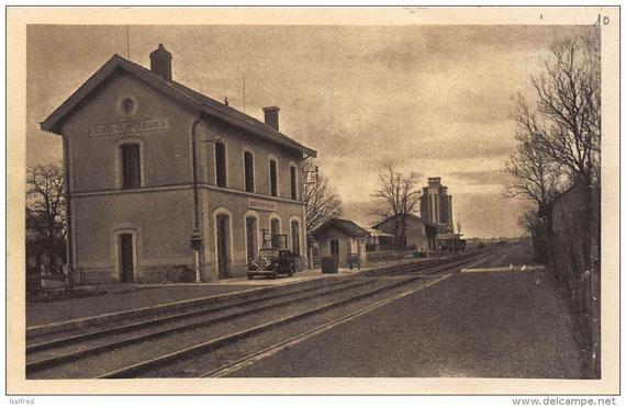 l'anciènne gare et silo de Mont sur Guesnes