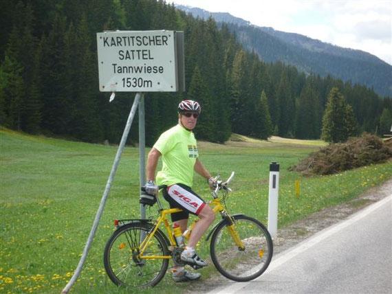 """Beim Training...über das Lessachtal-Kärnten. Mit diesem Rad fuhr ich bereits 2x (1997 u. 2008) nach Lourdes. Mein """"Lourdes Rad"""" wird mich auch bei meiner 3. Tour nach Lourdes bringen!"""