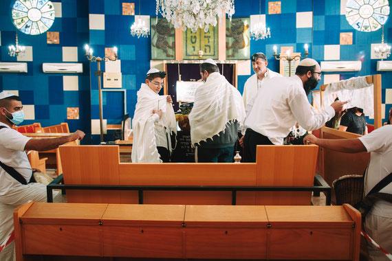 בית הכנסת הגדול קרית אונו - מבט מבפנים