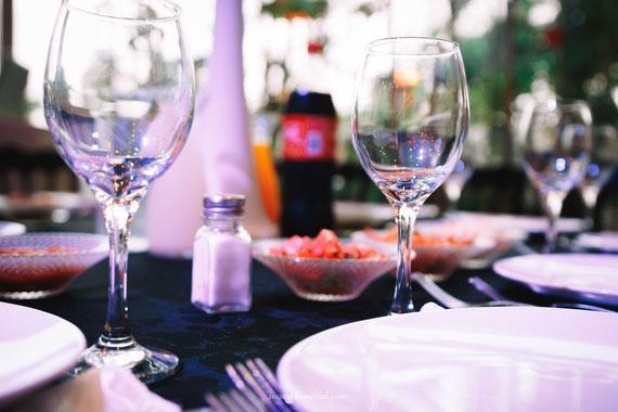 שולחנות אוכל באולמי סליה | צילום אירוע ברית