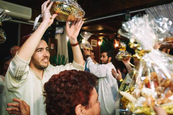 המתנות והריקודים איתם בטקס חינה ירושלים